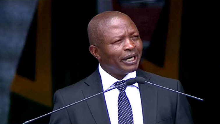 David Mabuza P 1 - 'Govt must speed up the process of handing over land'