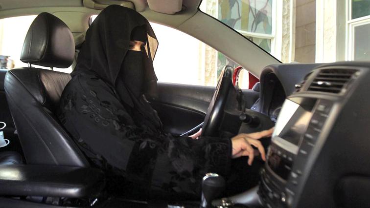 Saudi-arabia-driving-R