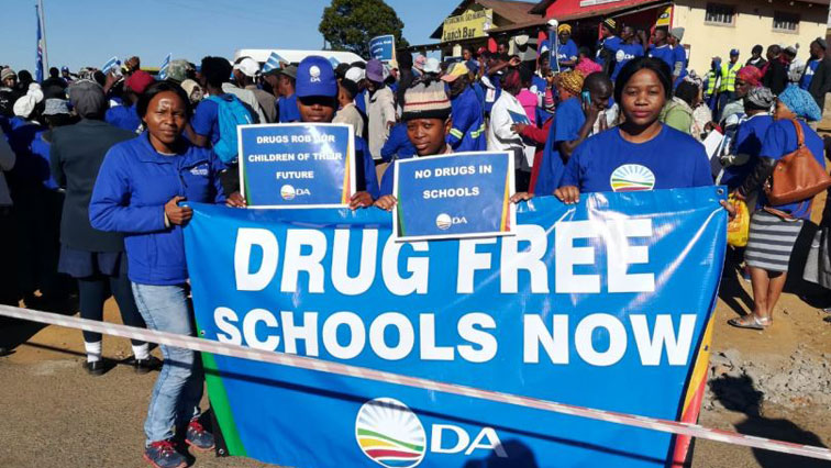 The DA says schools should be places of learning and free from drugs where our children feel safe.