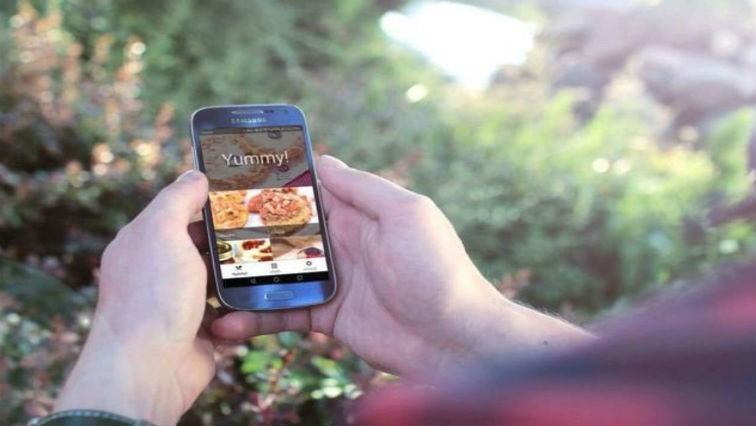 The Yummy app, a homemade food ordering service in Libya.