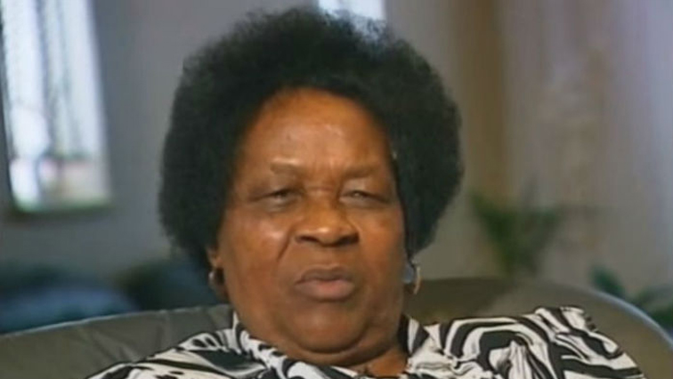 albertina sisulu Albertina sisulu, (nontsikelelo thethiwe), south african political activist (born oct 21, 1918, camama, cape province [now in eastern cape province], saf—died june 2, 2011, johannesburg, saf), was a revered figure in the struggle against south africa's apartheid system as the wife of african national congress (anc) leader walter sisulu.