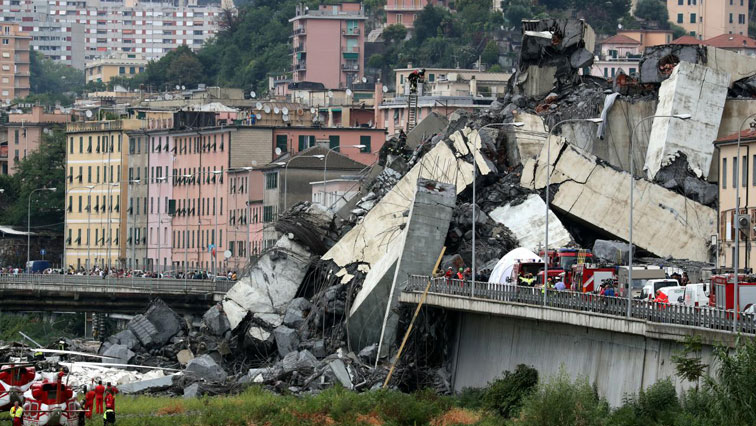 The collapse came as the bridge was undergoing maintenance work.