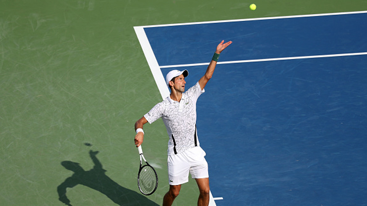Novak Djokovic palying tennis