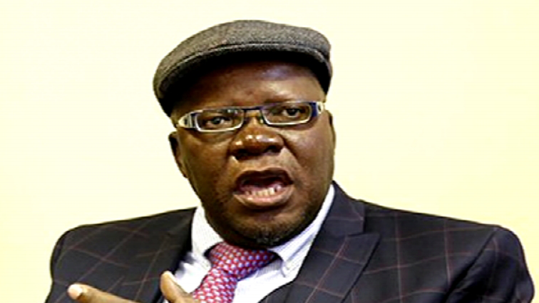 Zimbabwe arrests fleeing ex-finance minister at Zambian border - Africa Briefing
