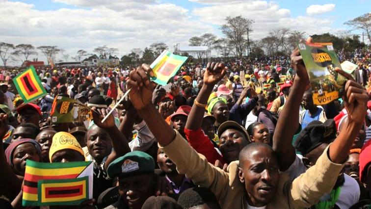 Voters in Zimbabwe