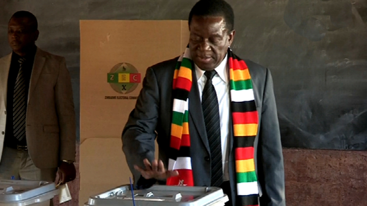 President Emmerson Mnangagwa casts his ballot
