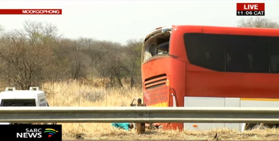 Limpopo bus crash claims 12 lives - SABC News - Breaking