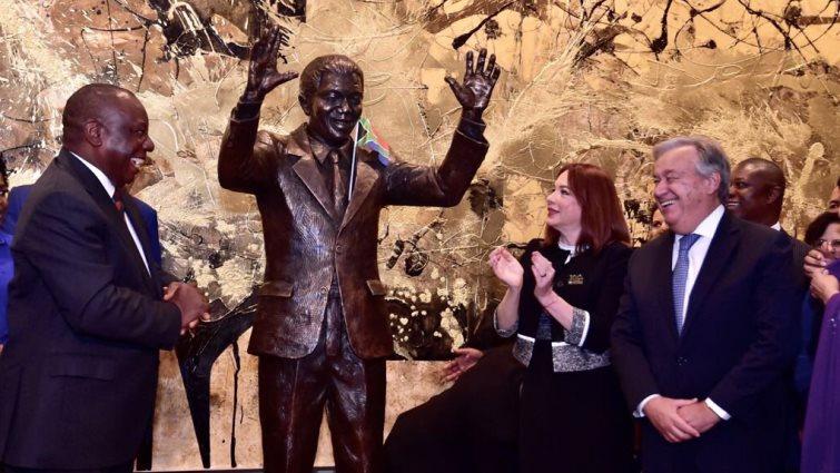 Unveiling Nelson Mandela's statue