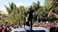 Robert Kyagulanyi addressing his supporters