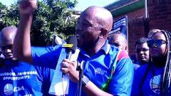 Mmusi Maimane wearing DA t-shirts