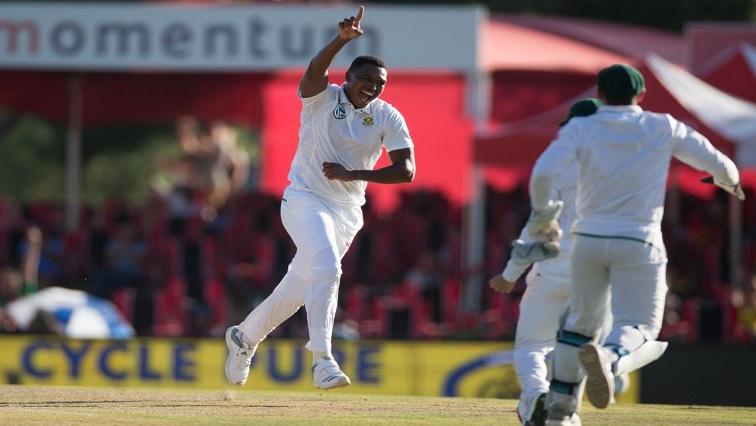 Lungi Ngidi celebrates wicket