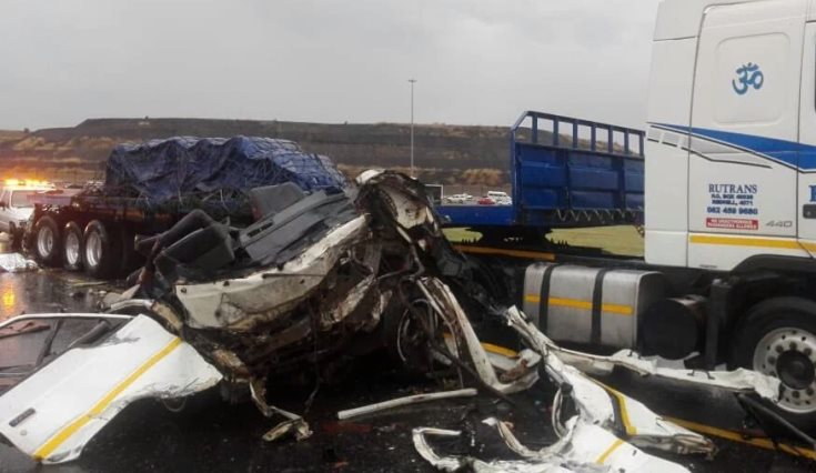 N3 south closed after fatal crash - SABC News - Breaking news