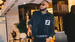 Davido in the picture