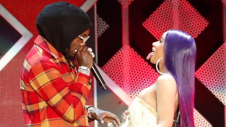 Cardi B and Offset performing