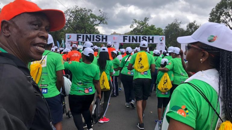 Tokyo Sexwale and other runners