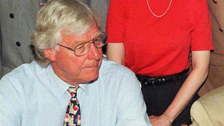 An image of Dr Alex Boraine.