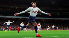Tottenham's Dele Alli celebrates scoring their second goal