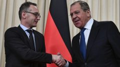 Russian Foreign Minister Sergei Lavrov and his German counterpart Heiko Maas