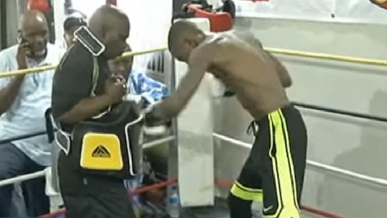 Boxer Zolani Tete.