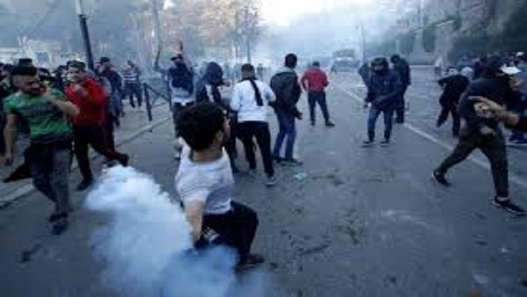 Protesting Algerians
