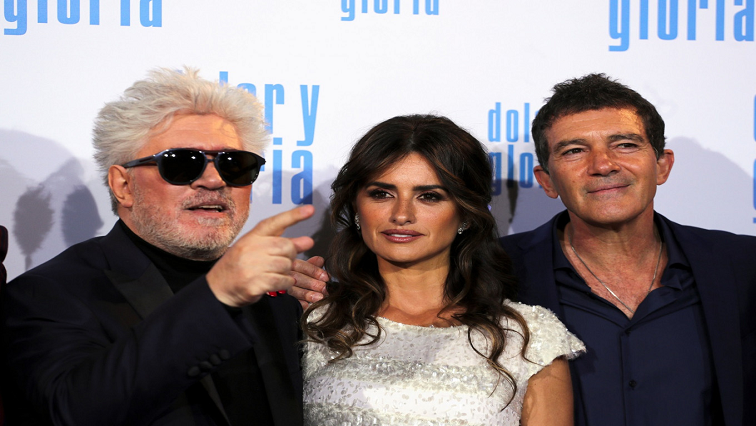 SABC News Filmmaker R - Filmmaker Almodovar walks Cruz, Banderas down memory lane in 'Pain and Glory'