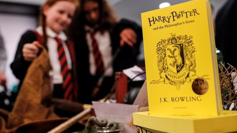 SABC News Harry Potter R - J.K Rowling's gay reveal fails to impress fans
