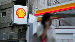 SABC News Shell Nigeria Reuters 300x169 - Dutch say ready to pursue Shell over Nigeria corruption