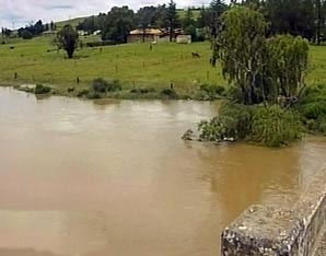 SABC News floodsp - Despair after six pupils killed by flash floods in E Cape