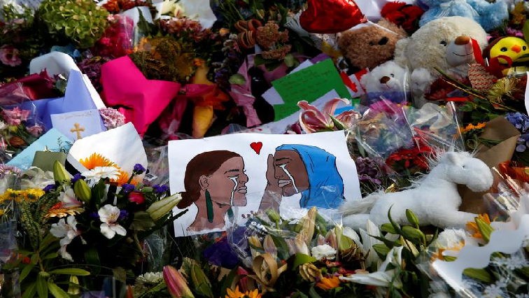 Flowers-and-cards-seen-at-Christchurch-shooting.