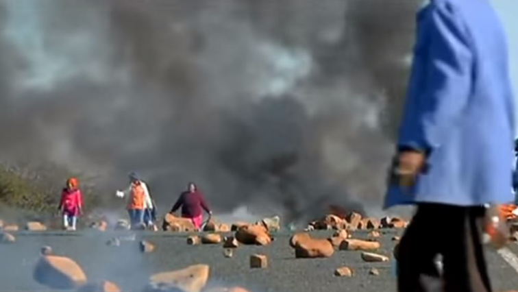 SABC News Protest P - Alex residents up in arms over service delivery