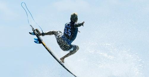 SABC News Surf P - Caroline Marks tops World Surf League Championship