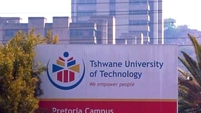 SABC News TUT - Kevin Phehla raises family flag with graduation