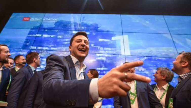 Comedian Zelensky wins Ukraine presidency in landslide - SABC News - Breaking news, special reports, world, business, sport coverage of all South African current events. Africa's news leader.