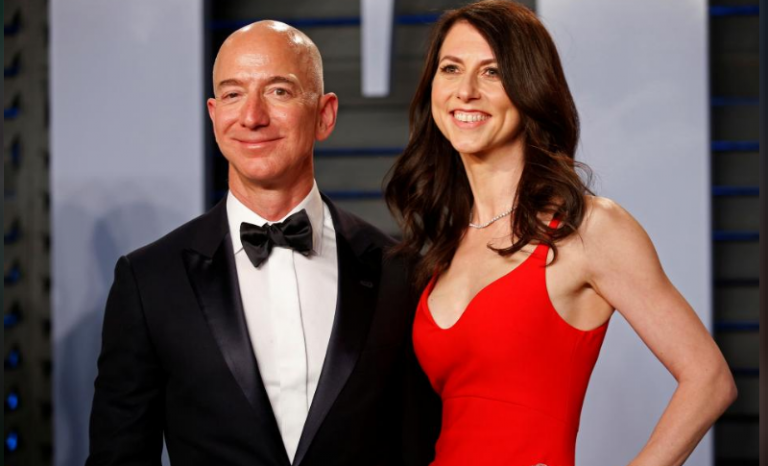 SABC News jeff bezos R - Jeff Bezos keeps Amazon voting power in divorce settlement