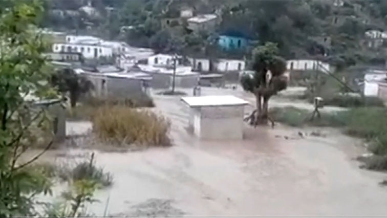 SABC News port st johns floods - Air Force dispatches rescue teams to Port St Johns
