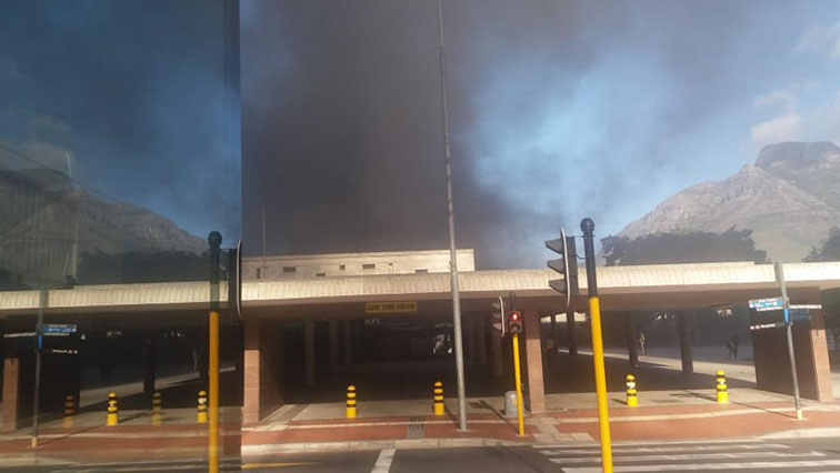 SABC News train 3 - Cape Town train fire contained