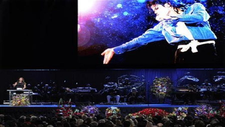 SABC News Michael Jackson Reuters - Hollywood school to keep Michael Jackson's name on auditorium