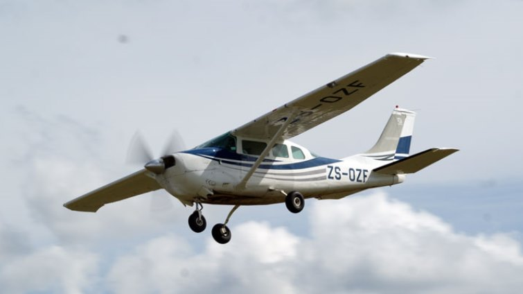 SABC News Aircraft - Teenagers to fly in new plane they built themselves from Cape to Cairo