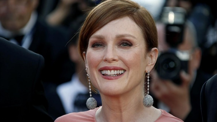 SABC News Julianne Moore.jpg R - Julianne Moore says personal experiences spurred her to back AIDS documentary