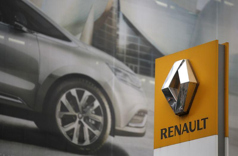 SABC News Renault Reuters - Renault reassures Nissan over tie-up with Fiat Chrysler