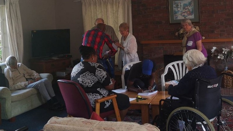 SABC News Votes.JPG Twitter@Leko3 1 - Special voting may not be completed by Tuesday: IEC