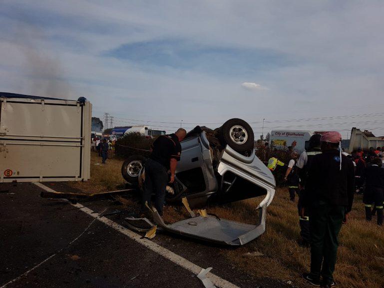 VOSLOORUS – Multiple vehicle collision leaves nine dead at least 20 injured 1 769x577 - N3 crash leaves nine dead