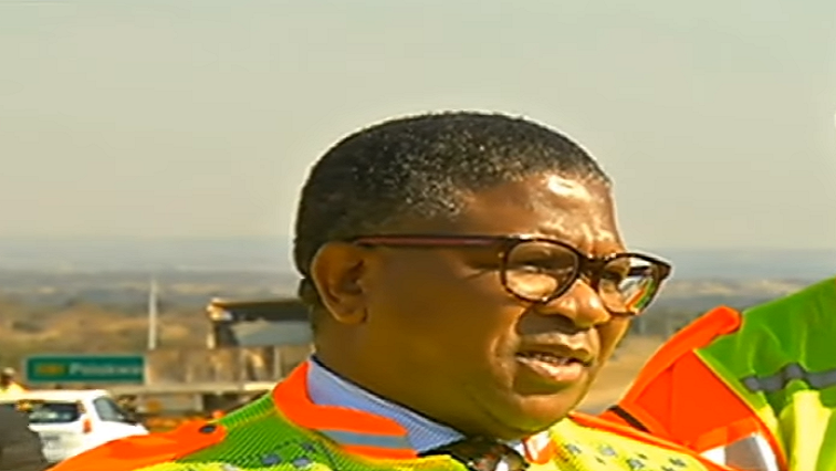 Mbalula urges drivers to exercise caution on the roads - SABC News - Breaking news, special reports, world, business, sport coverage of all South African current events. Africa's news leader.