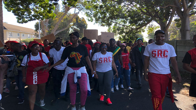 SABC News NSFAS protests Twitter @SAUS 2018 - Students demand regional offices and scrapping of NSFAS historical debt
