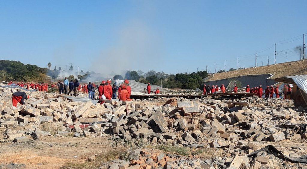 SABC News Red Ants demolish @Slindelo M 1 1024x565 - City of Johannesburg to blame for Alex demolitions