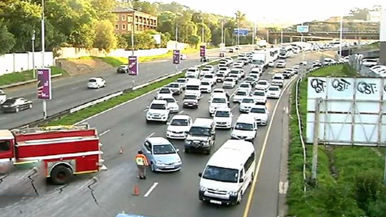 SABC News Traffic - Cape Town workers leave work early to avoid SONA traffic jam