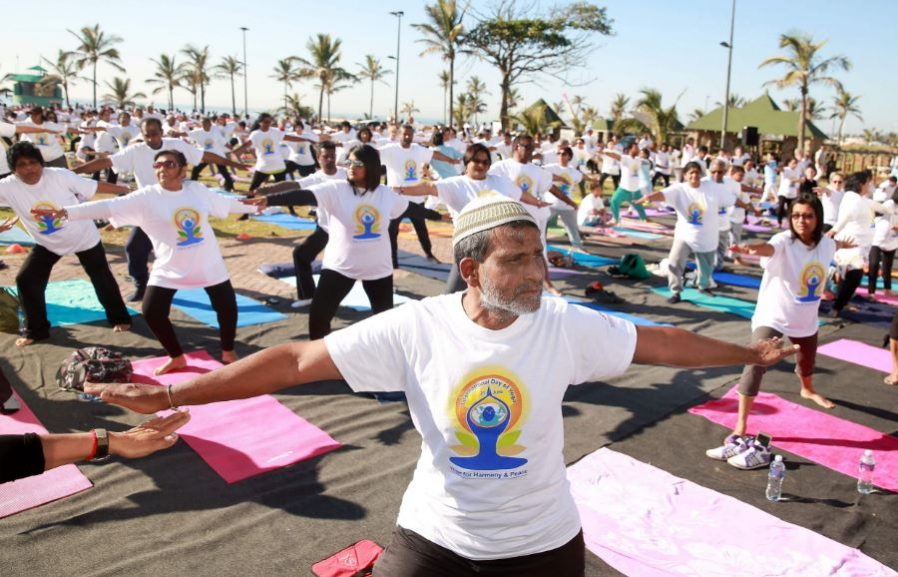 SABC News Yoga AFP 898x577 - Hundreds gather in Durban for International Day of Yoga
