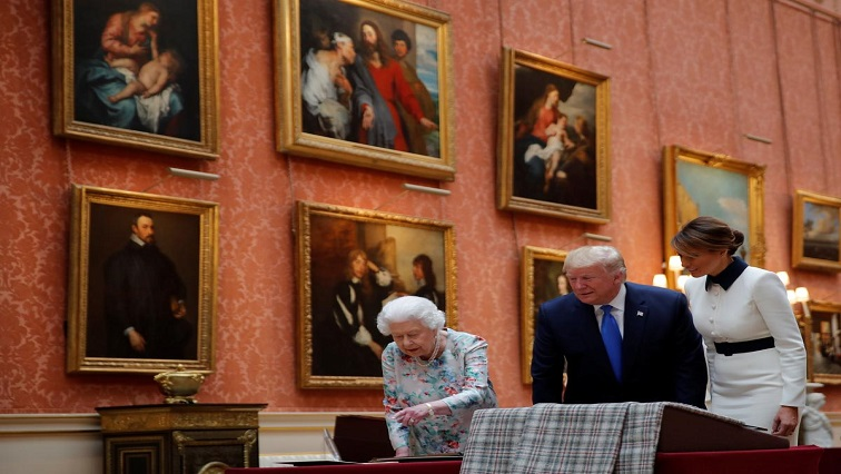 Queen Elizabeth, Donald Trump and Wife