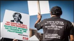 Mandela Palestinian sign