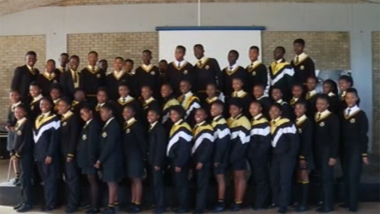 SABC News Choir - Makhanda school excels at choral music competition